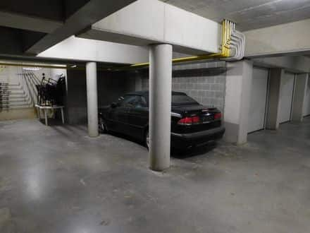 Parking space or garage for rent Bornem