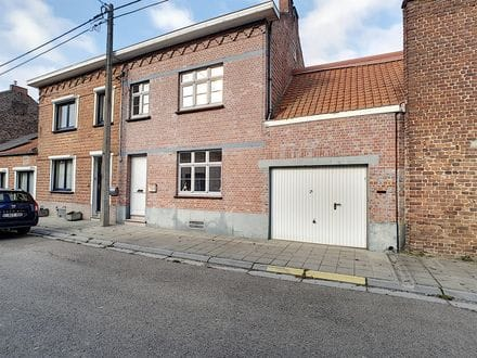 House<span>182</span>m² for rent