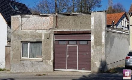 House<span>100</span>m² for rent Genval