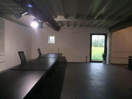 Office or business<span>320</span>m² for rent Heusden