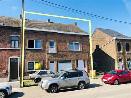 Investment property<span>137</span>m² for rent Courcelles