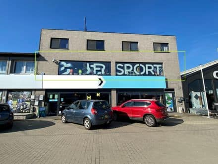 Business<span>195</span>m² for rent Sint Pieters Leeuw