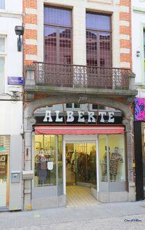 Retail space<span>207</span>m² for rent
