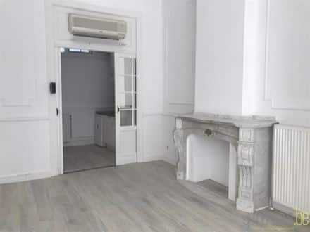 Office<span>51</span>m² for rent