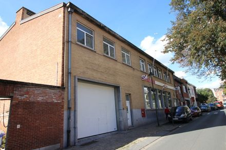 Warehouse<span>1270</span>m² for rent