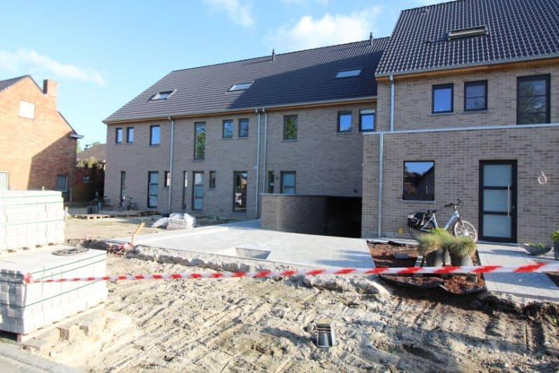 Parking space or garage for rent in Sint Andries