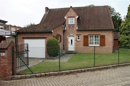 House<span>196</span>m² for rent Nossegem