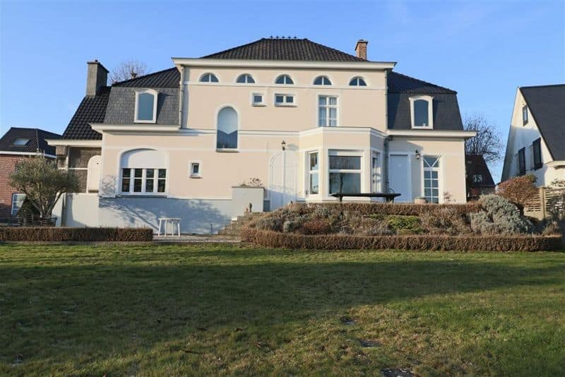 House for sale in Dottenijs