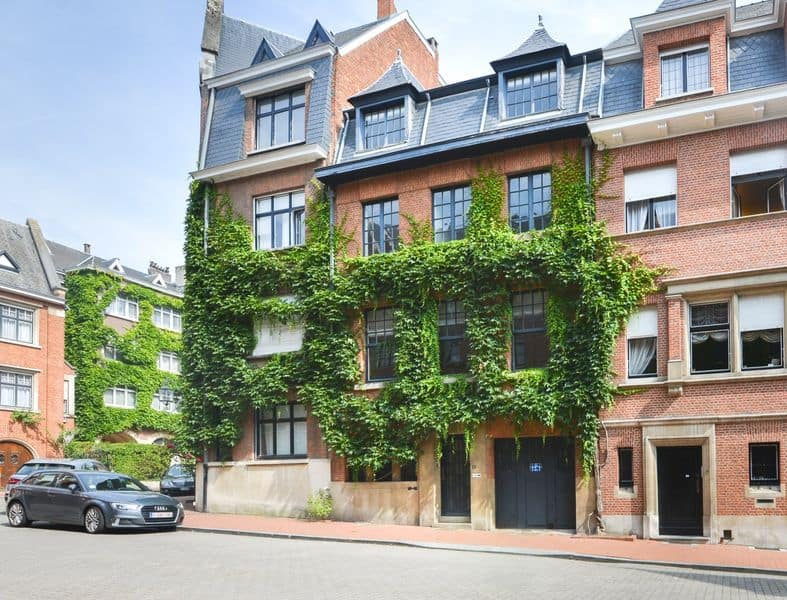 Mansion for sale in Brussels
