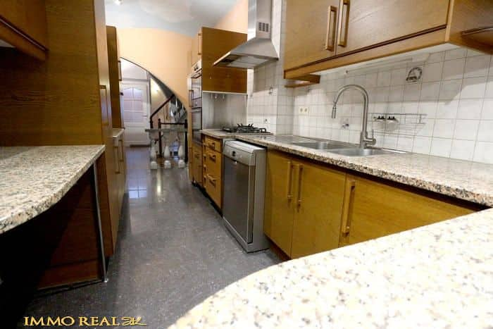 House for sale in Elsene