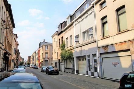 Special property<span>305</span>m² for rent