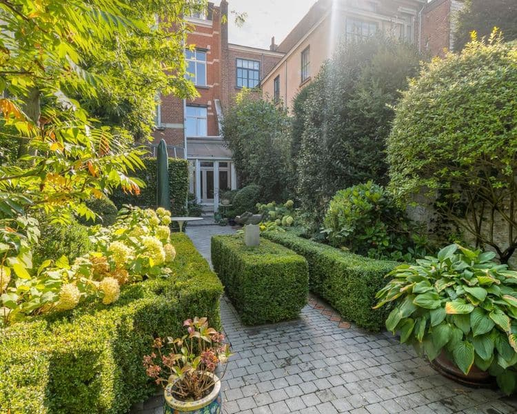 Mansion for sale in Antwerp