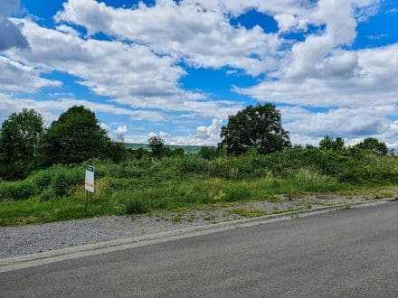 Building land<span>790</span>m² for rent