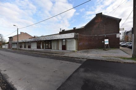 Office or business<span>315</span>m² for rent Waremme