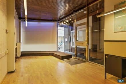 Office or business<span>180</span>m² for rent