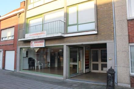 Mixed-use building<span>362</span>m² for rent