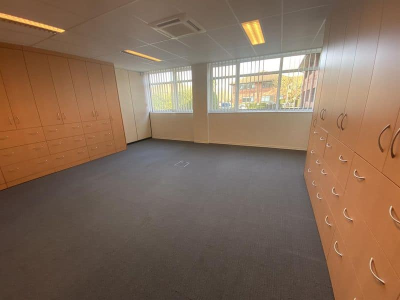 Office or business for rent in Lasne