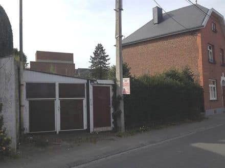 Land<span>394</span>m² for rent Peruwelz