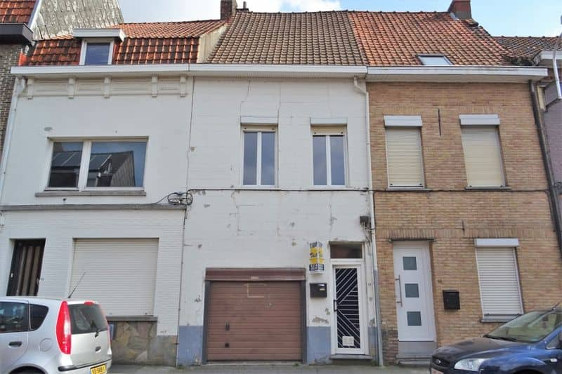 Terraced house for sale in Menen