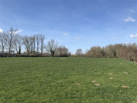 Land<span>6850</span>m² for rent Willaupuis
