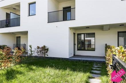 House<span>94</span>m² for rent