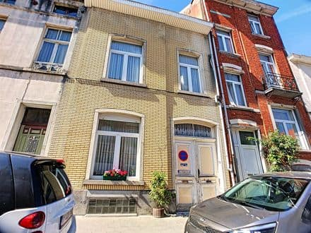 House<span>259</span>m² for rent