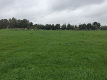 Building land<span>700</span>m² for rent