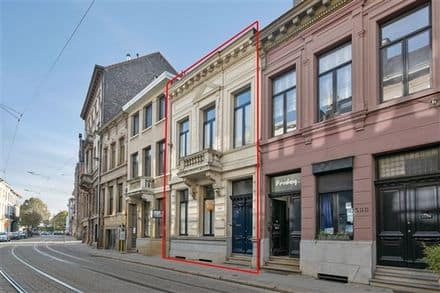 House<span>200</span>m² for rent Antwerp