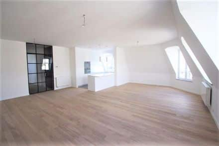 Apartment<span>154</span>m² for rent Sint Gillis