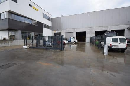 Warehouse<span>760</span>m² for rent Asse