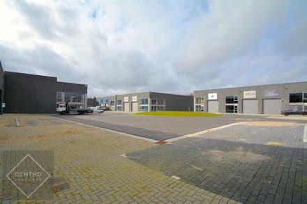 Industrial building<span>395</span>m² for rent