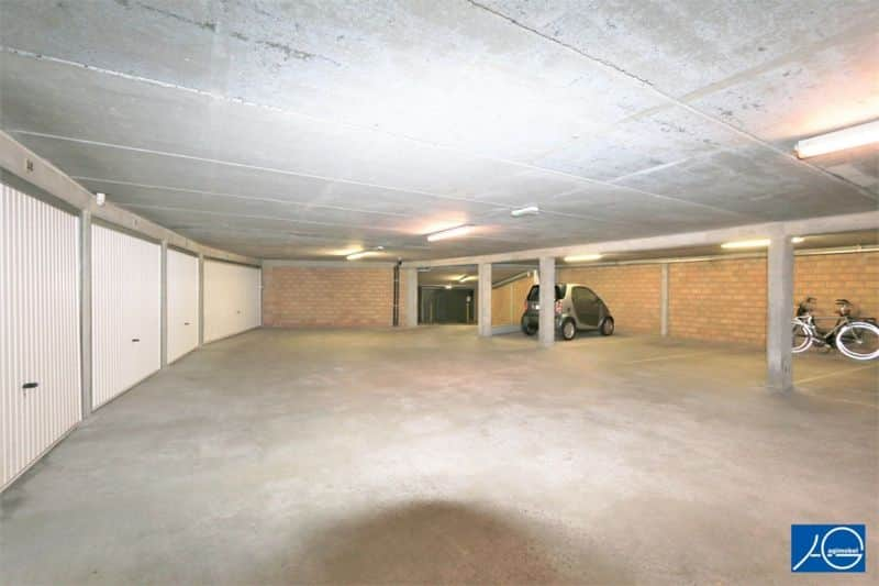 Parking space or garage for sale in Knokke