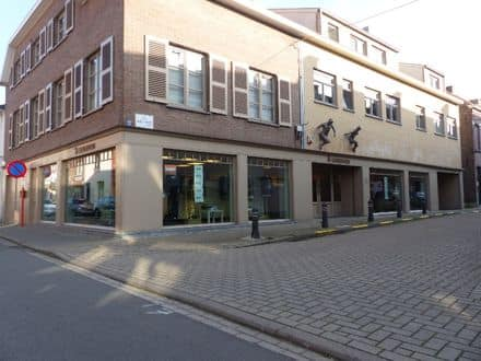 Business<span>450</span>m² for rent Drongen