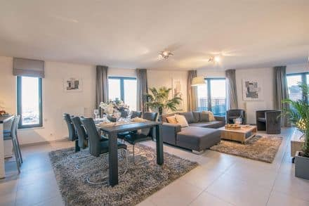 Penthouse<span>151</span>m² for rent