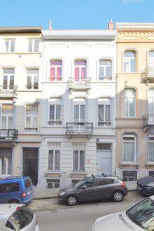 House<span>457</span>m² for rent
