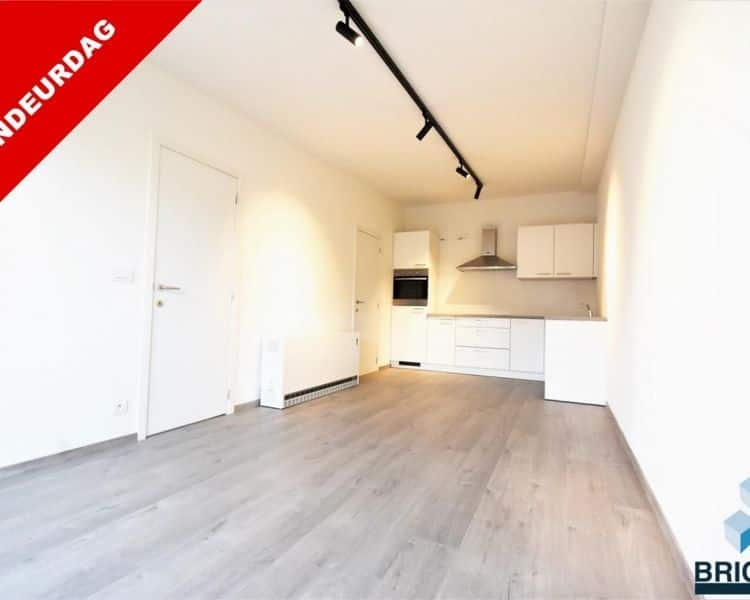 Ground floor flat for sale in Torhout