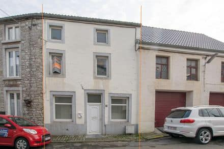 House<span>100</span>m² for rent Bouffioulx