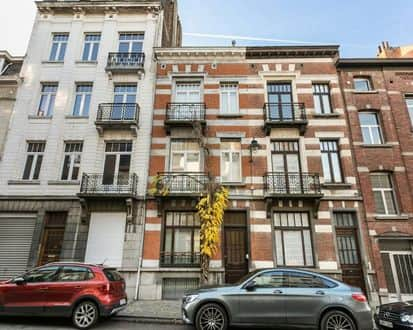 House<span>240</span>m² for rent Brussels