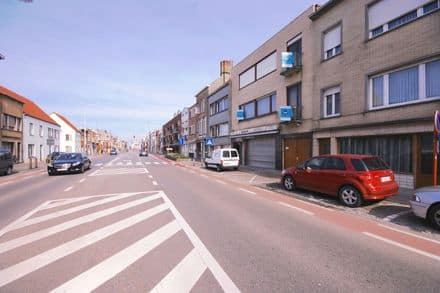 Business<span>784</span>m² for rent Blankenberge