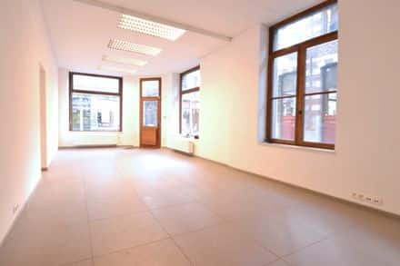 Shop<span>110</span>m² for rent