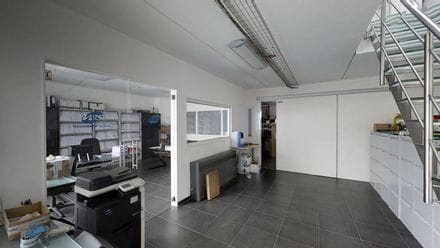 Office or business<span>360</span>m² for rent