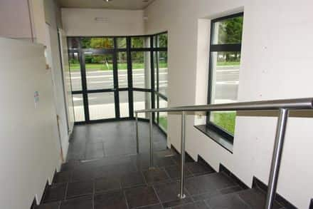 Office or business<span>390</span>m² for rent