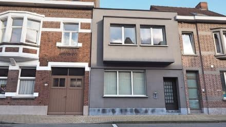 House<span>208</span>m² for rent Roeselare