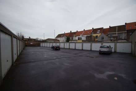 Parking space or garage for rent Sint Kruis