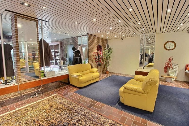 Office or business for rent in Gosselies