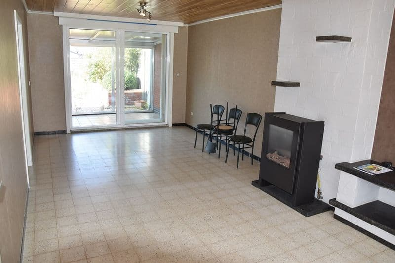 House for sale in Staden