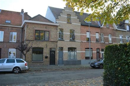House<span>148</span>m² for rent Sint Andries