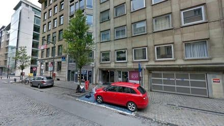 Parking space or garage<span>18</span>m² for rent Brussels