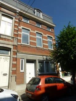 House<span>200</span>m² for rent Mons
