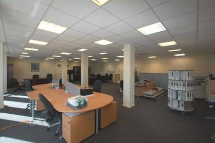 Office<span>167</span>m² for rent